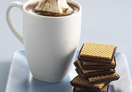 đau dạ dày nên kiêng ăn socola và cafein