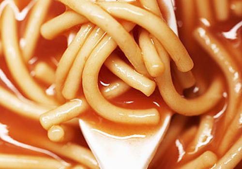 đau dạ dày nên kiêng ăn thực phẩm chế biến