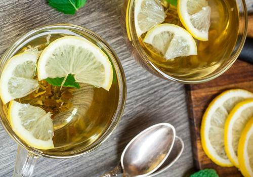 uống nước chanh quế giảm đau dạ dày