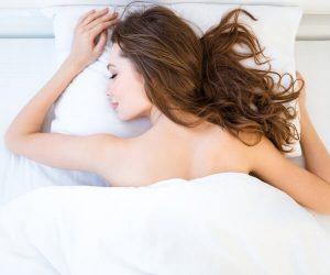 Đi ngủ ngay sau khi ăn