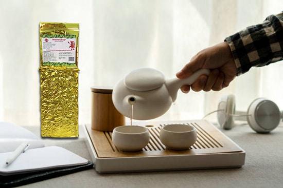 Uống trà thảo mộc để trị đau dạ dày