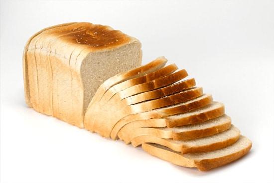 Đau dạ dày buồn nôn nên ăn bánh mỳ