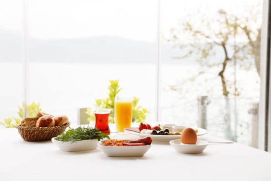 Người Bị Đau Dạ Dày Nên Ăn Gì Vào Buổi Sáng?