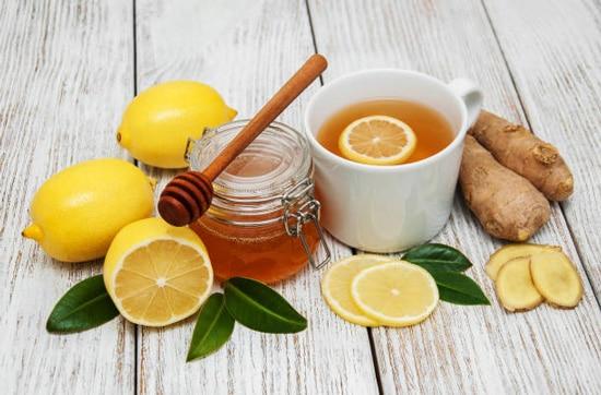 Uống nước gừng kết hợp mật ong và chanh