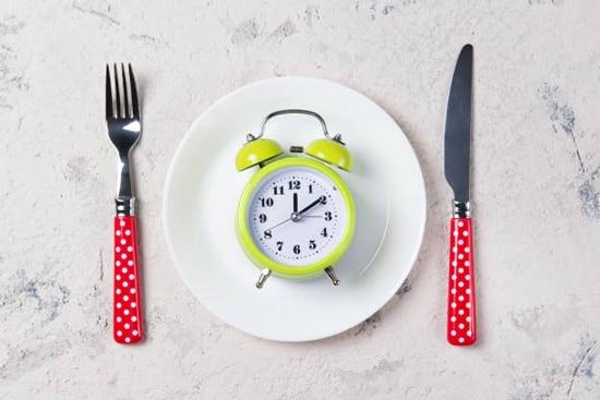 Thay đổi chế độ ăn uống và sinh hoạt cho phù hợp