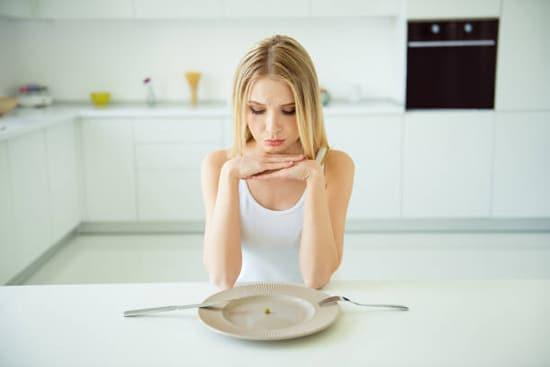 Sau khi nội soi dạ dày không nên để bụng quá đói