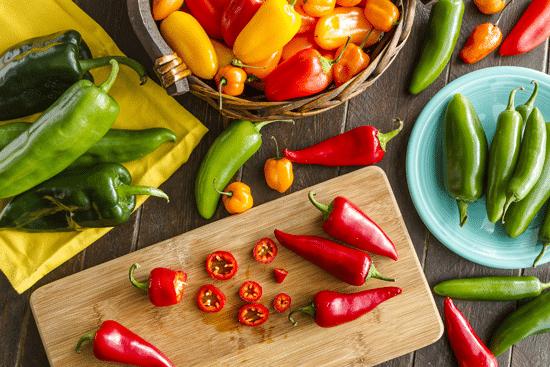 Tránh xa thức ăn chua, cay, nóng